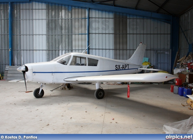 SX-APT, Piper PA-28-140 Cherokee, Private