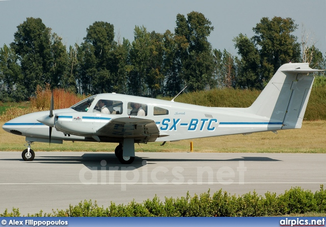 SX-BTC, Piper PA-44 Seminole, Private