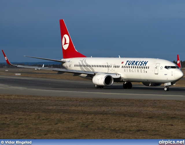TC-JGR, Boeing 737-800, Turkish Airlines
