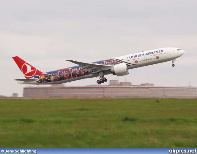 TC-JJI, Boeing 777-300ER, Turkish Airlines