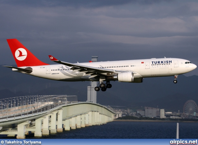 TC-JND, Airbus A330-200, Turkish Airlines
