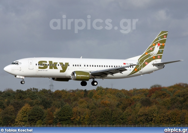 TC-SKM, Boeing 737-400, Sky Airlines