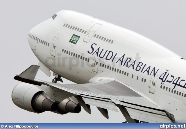 TF-AMX, Boeing 747-400, Saudi Arabian Airlines