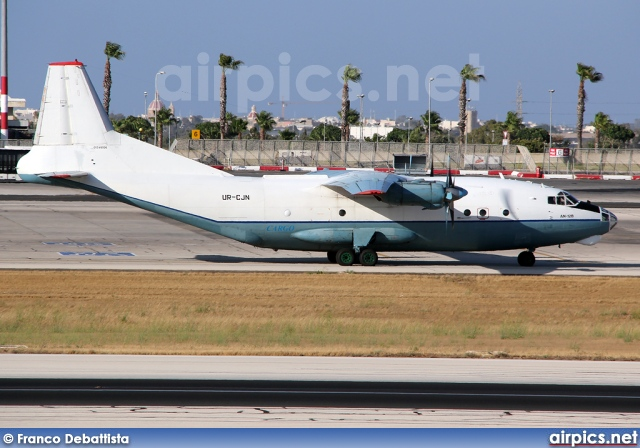 UR-CJN, Antonov An-12-B, Cavok Air