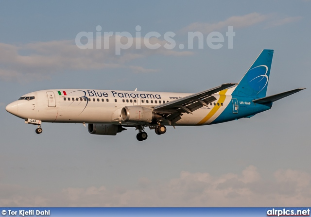 UR-GAP, Boeing 737-400, Blue Panorama