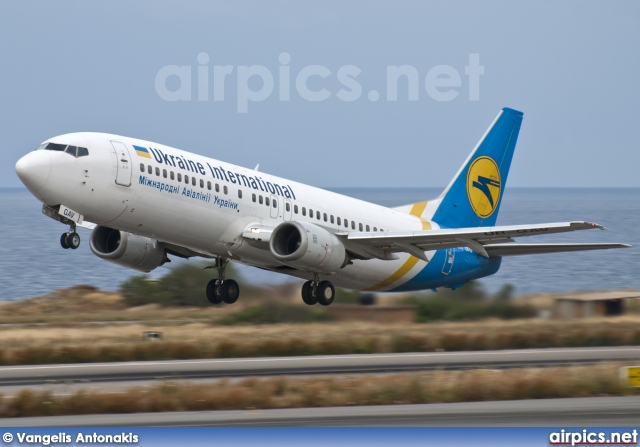 UR-GAV, Boeing 737-400, Ukraine International Airlines