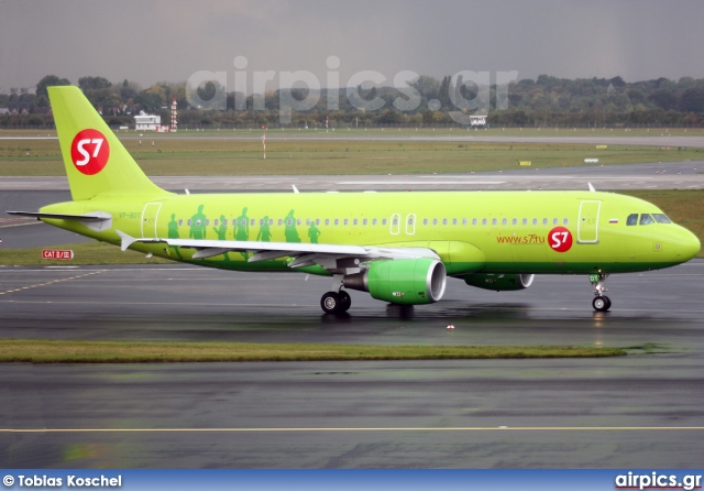 VP-BDT, Airbus A320-200, S7 Siberia Airlines
