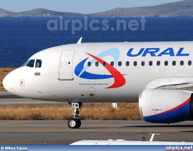 VQ-BFW, Airbus A320-200, Ural Airlines