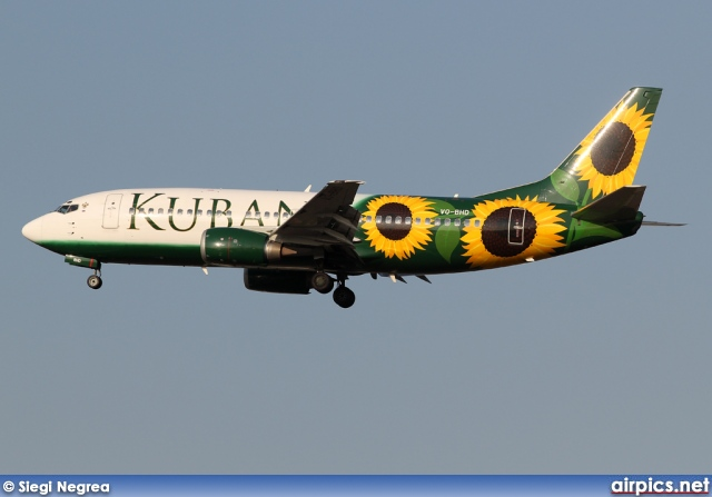 VQ-BHD, Boeing 737-300, Kuban Airlines
