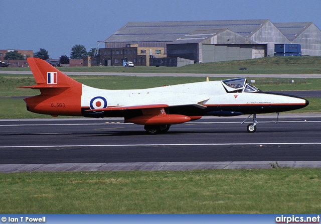 XL563, Hawker Hunter T.7, Royal Air Force