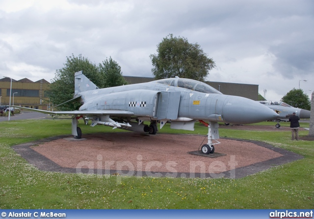 XT864, McDonnell Douglas Phantom FG.1, Royal Air Force