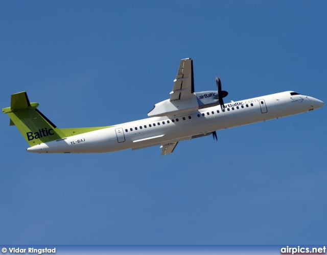 YL-BAJ, De Havilland Canada DHC-8-400Q Dash 8, Air Baltic