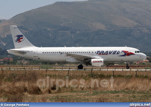 YL-LCE, Airbus A320-200, Travel Service (Czech Republic)