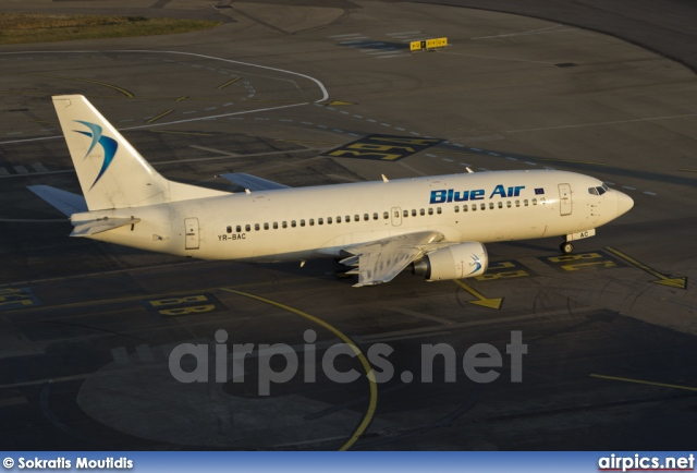 YR-BAC, Boeing 737-300, Blue Air