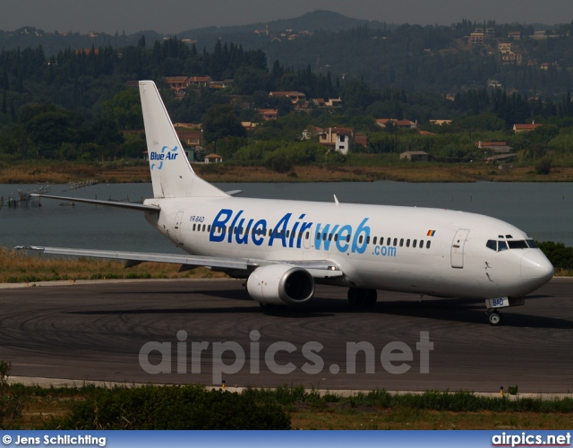 YR-BAD, Boeing 737-400, Blue Air