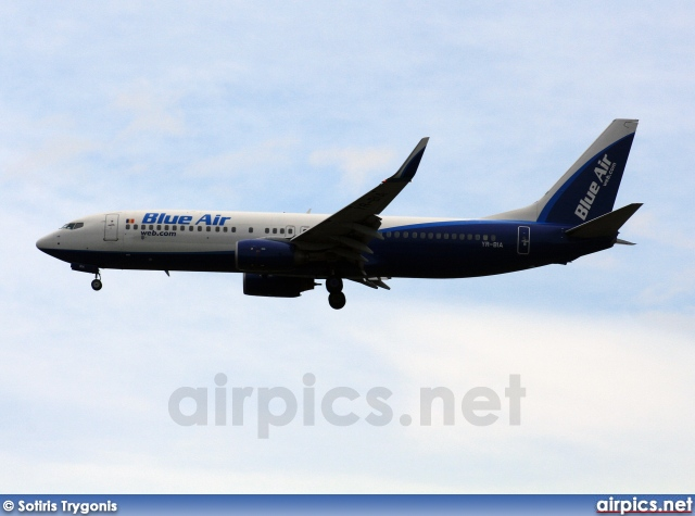 YR-BIA, Boeing 737-800, Blue Air