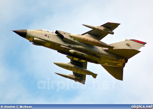 ZD713, Panavia Tornado GR.4, Royal Air Force