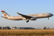 A6-AFB, Airbus A330-300, Etihad Airways