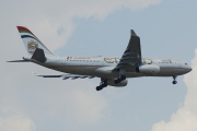 A6-EYK, Airbus A330-200, Etihad Airways