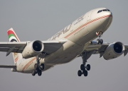 A6-EYQ, Airbus A330-200, Etihad Airways
