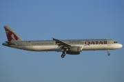 A7-AID, Airbus A321-200, Qatar Airways