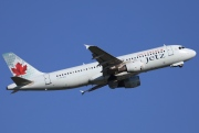 C-FPWD, Airbus A320-200, Air Canada Jetz