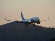 C-FTAH, Boeing 737-800, XL Airways
