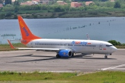 C-FYLC, Boeing 737-800, Sunwing Airlines