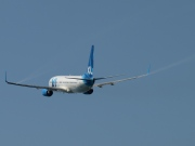 C-GOAF, Boeing 737-800, XL Airways