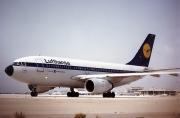 D-AICB, Airbus A310-200, Lufthansa