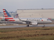D-AVWC, Airbus A319-100, American Airlines