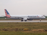 D-AVZY, Airbus A321-200, American Airlines