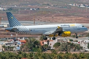 EC-LRM, Airbus A320-200, Vueling