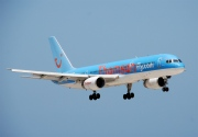 G-BYAP, Boeing 757-200, Thomsonfly