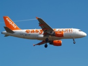 G-EZBY, Airbus A319-100, easyJet