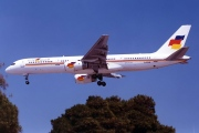 G-FCLE, Boeing 757-200, Flying Colours