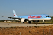 G-OOBJ, Boeing 757-200, Thomson Airways