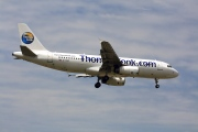 G-TCAC, Airbus A320-200, Thomas Cook Airlines