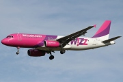 HA-LPE, Airbus A320-200, Wizz Air