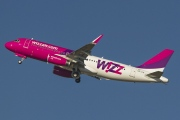 HA-LYH, Airbus A320-200, Wizz Air