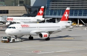 HB-IJK, Airbus A320-200, Swiss International Air Lines