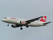 HB-IJP, Airbus A320-200, Swiss International Air Lines