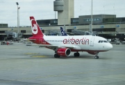 HB-IOX, Airbus A319-100, Air Berlin