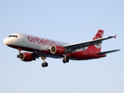 HB-IOZ, Airbus A320-200, Air Berlin