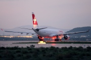 HB-IQC, Airbus A330-200, Swiss International Air Lines