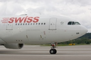 HB-IQR, Airbus A330-200, Swiss International Air Lines