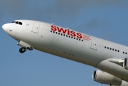 HB-JMC, Airbus A340-300, Swiss International Air Lines