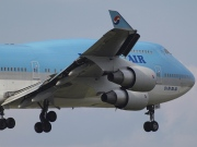 HL7493, Boeing 747-400, Korean Air