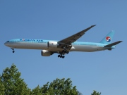 HL7784, Boeing 777-300ER, Korean Air