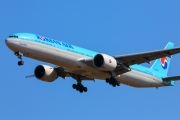 HL8275, Boeing 777-300ER, Korean Air